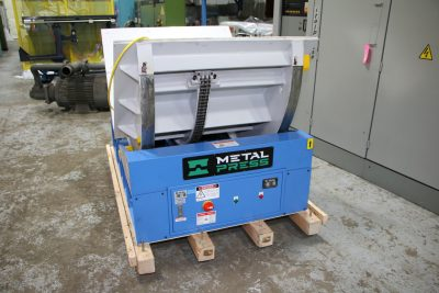 MDR-5 Electric Die Mold Upender at Custom Casting - 01